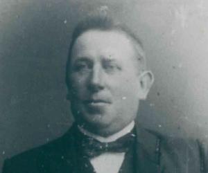 2 Peter Carstensen 1898-1920